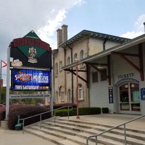 Riverwalk Stadium (Stadiumandarenavisits.com)