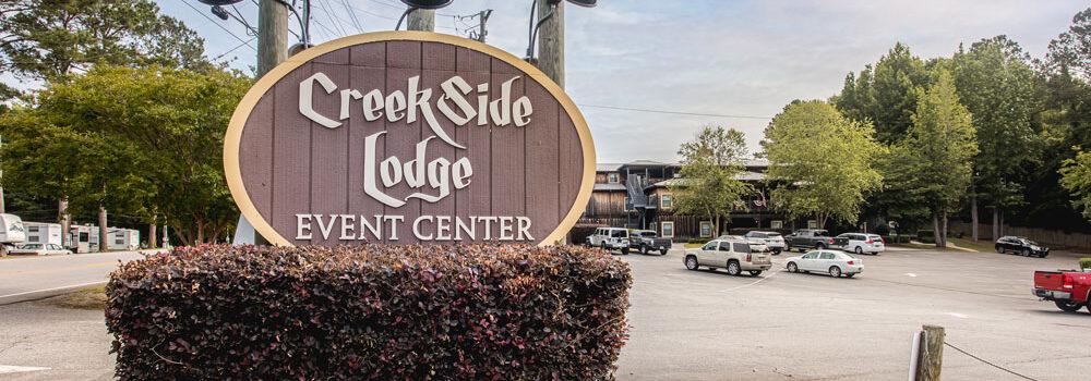 Creekside Lodge Sign